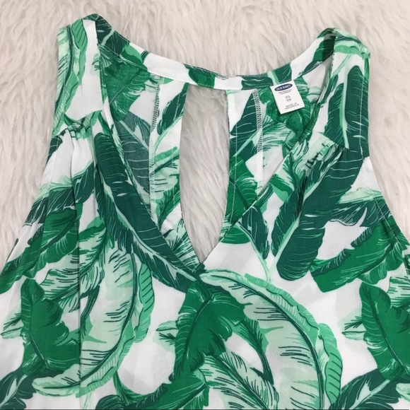 Old Navy Tops - Old navy green tropical tank top